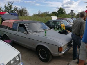 Party am Ford Granada